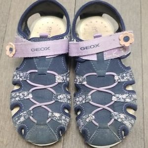 2/15$ Kids sandals